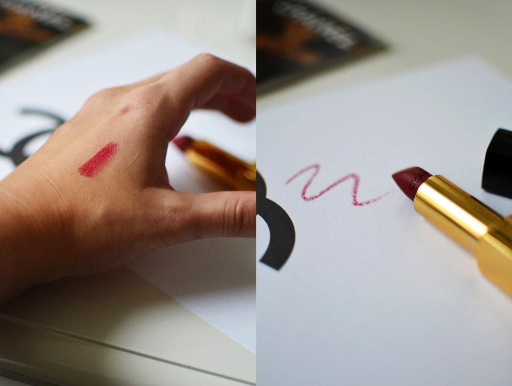 Rouge-Allure-Velvet-Chanel-Lippenstift-38-La-Fascinante-matt-darkred (2)