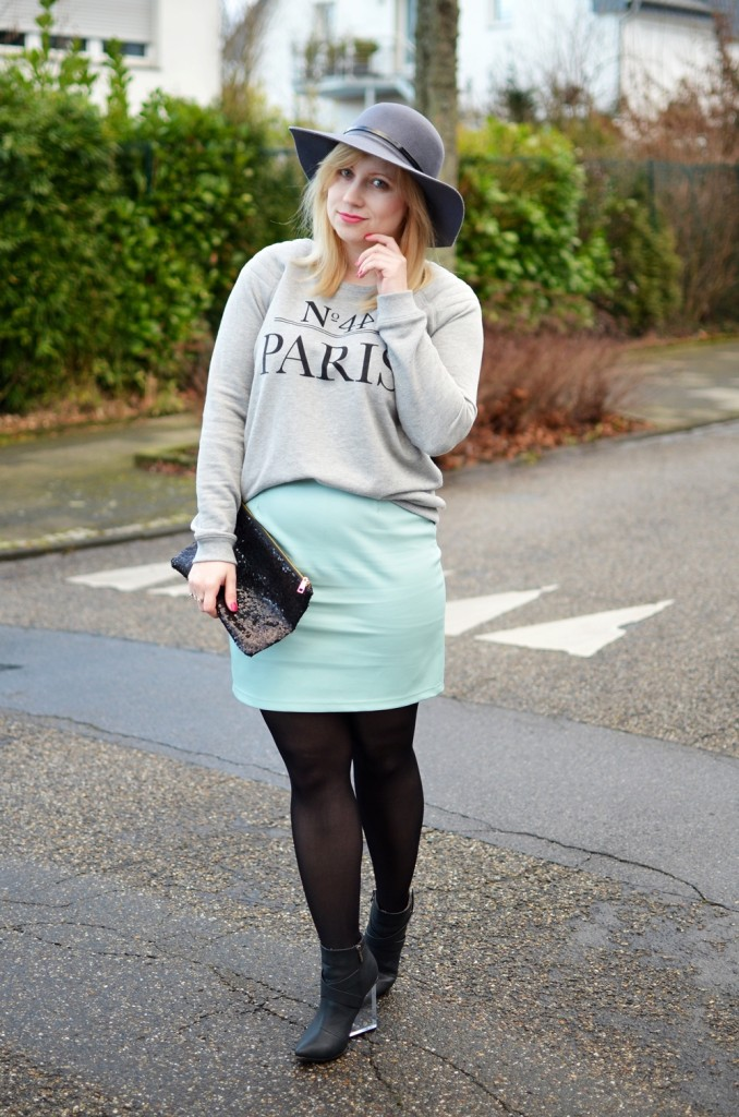 Statement-Sweater-Pastel-Mint-Leather-Skirt-Floppy-Hat-Outfit (3)