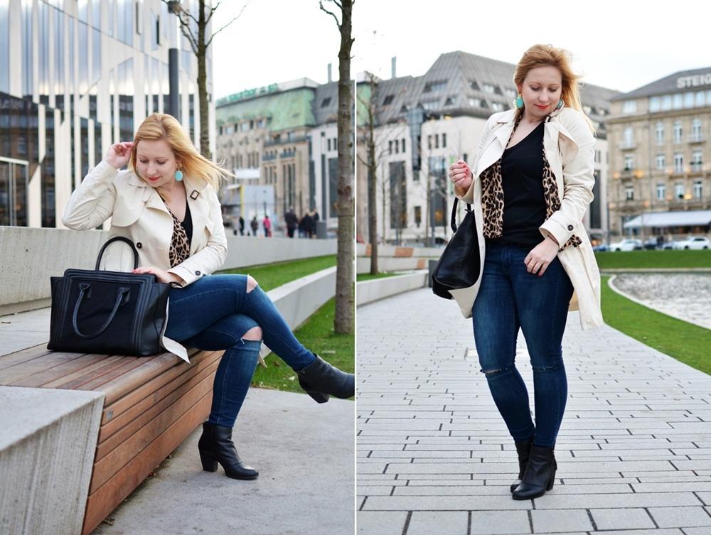 Trenchcoat-Ripped-Jeans-Breuninger-Düsseldorf-Outfit-Puppenzirkus-Felltasche-Ponybag-Leopard-Blonde-Woman (5)-tile