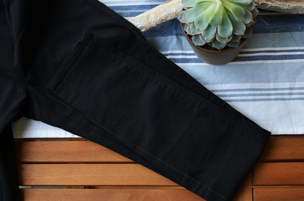 diy-ripped-shredded-jeans-doityourself-destroyed-puppenzirkus-jeans-diy (5)