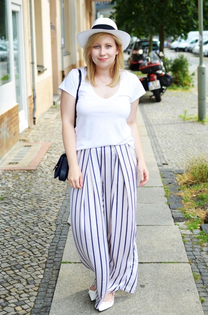 ally-puppenzirkus-look1-day1-bfw-juli2014-ss14-panama-hat-pyjama-pants-outfit (7)