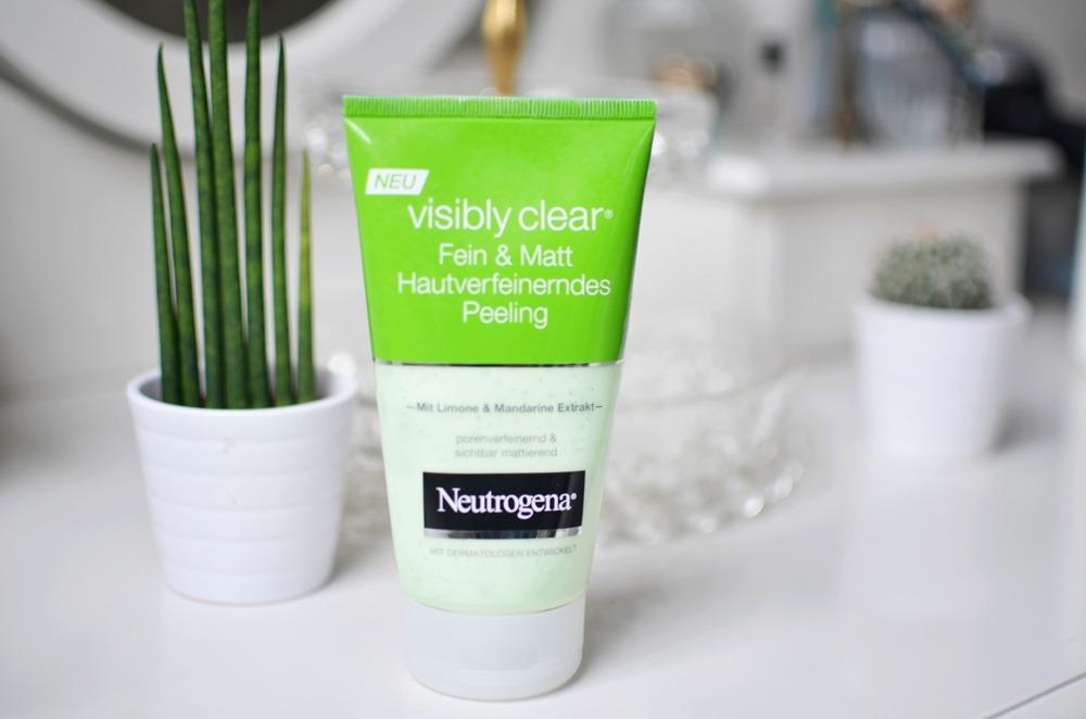 visibly-clear-fein-und-matt-hautverfeinerndes-peeling-mit-limone-und-mandarine-neutrogena-puppenzirkus-review-grün-kosmetik-beauty-gesichtspeeling (3)