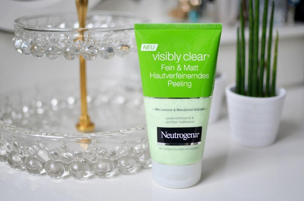 visibly-clear-fein-und-matt-hautverfeinerndes-peeling-mit-limone-und-mandarine-neutrogena-puppenzirkus-review-grün-kosmetik-beauty-gesichtspeeling (4)