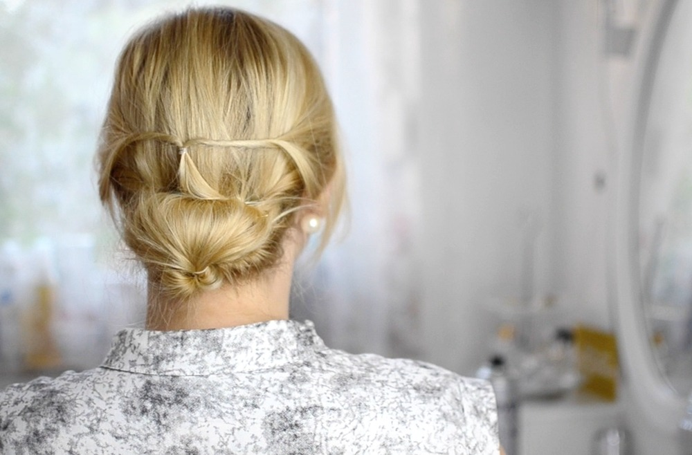 low-chignon-updo-frisuren-tutorial-i-love-my-hair-puppenzirkus