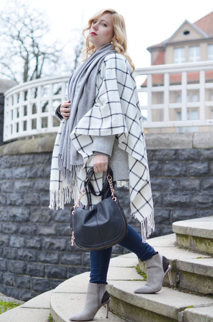 checked-poncho-karo-winter-fashion-outfit-trend-look-cape-puppenzirkus (3)