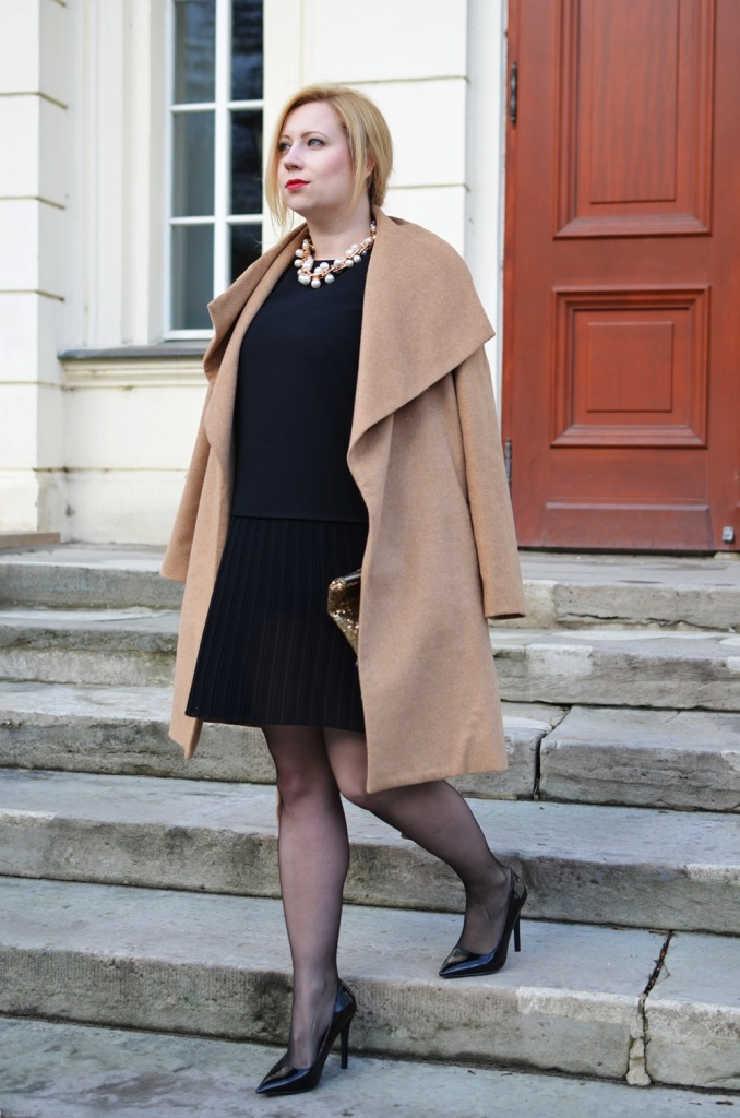 christmas-look-puppenzirkus-weihnachtsoutfit-heiligabend-outfit-look-2014-fashionblogger-black-dress