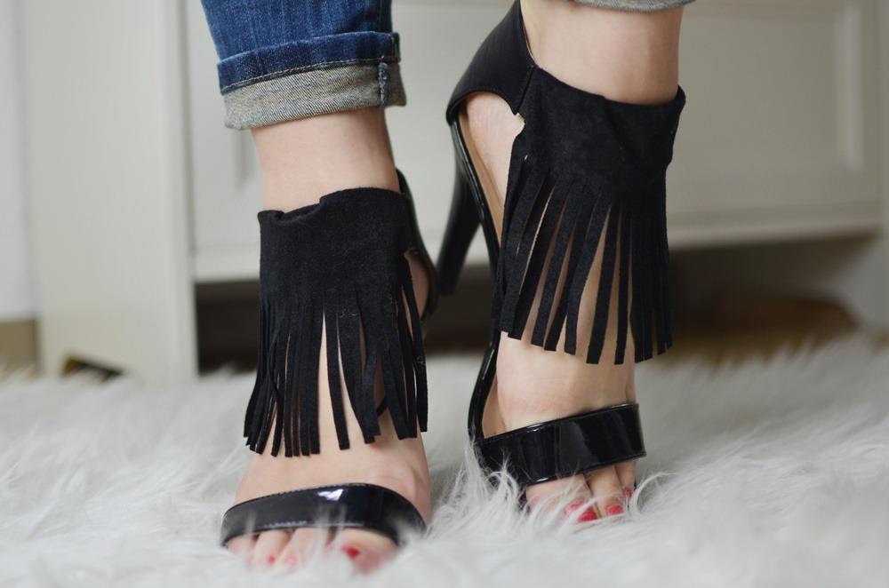 fringe-heels-diy-doityourself-baumundpferdgarten-selfmade-schneidern-leather-suede-puppenzirkus-diy-anleitung-fransen-heels (21)