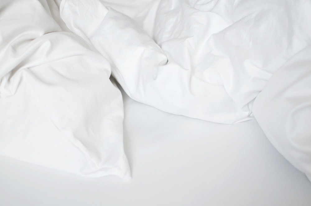 Ein Laken - Zwei Wohnungen - weiße Bettwäsche - plain -Cotton USA - Ally - Puppenzirkus (10)