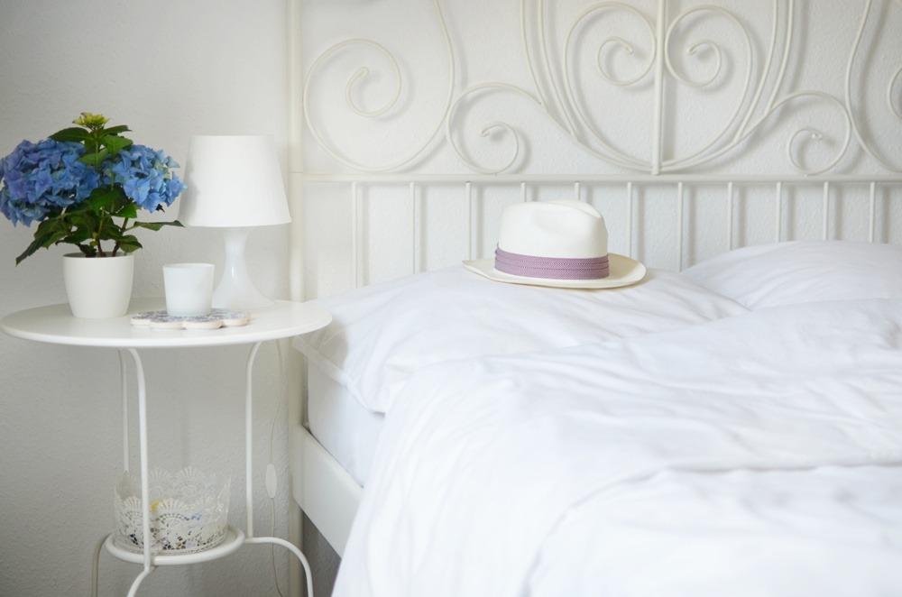 Ein Laken - Zwei Wohnungen - weiße Bettwäsche - plain -Cotton USA - Ally - Puppenzirkus (3)