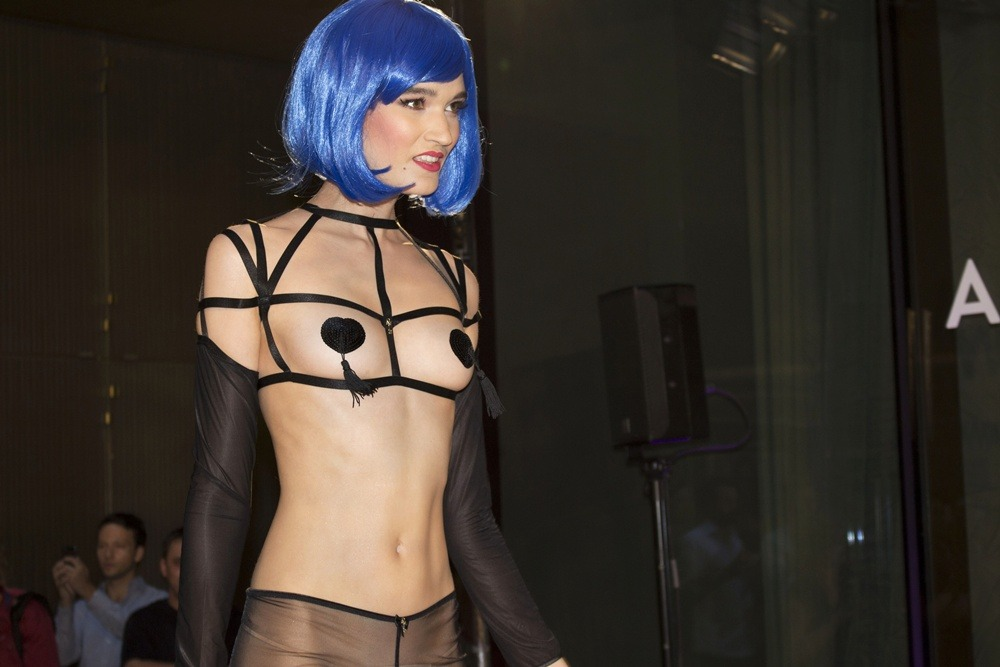 Berlin-Fashion-Week-SS16-Day1-Puppenzirkus-Amorelie-Teatox