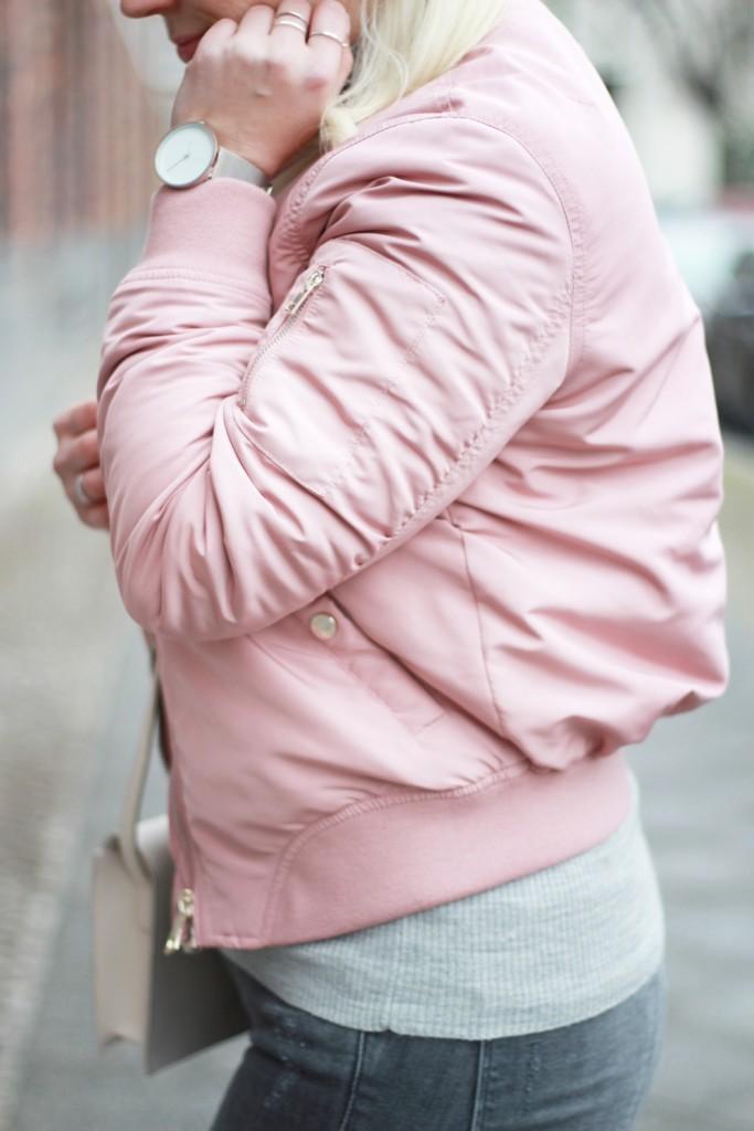 outfit-pantone-rose-quartz-bomberjacke-rosa-reebok-puppenzirkus (8)