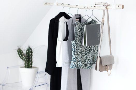 DIY: Garderobe aus Birkenstamm