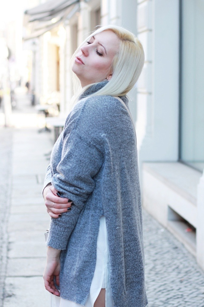 Grey-Overknee-Layering-#Pzoutfits #fashionblogger_de #ootd #outfit #puppenzirkus #style #instastyle #styleiswhat #theeverygirl #chasinglight #berlinblogger #fbloggers-Puppenzirkus1