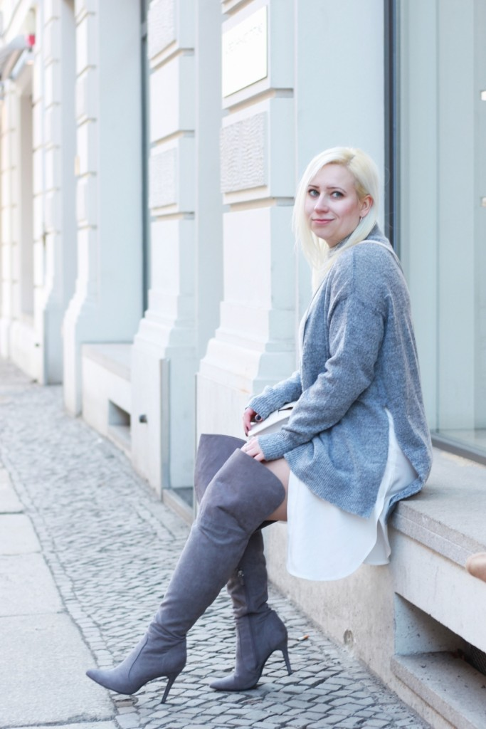 Grey-Overknee-Layering-#Pzoutfits #fashionblogger_de #ootd #outfit #puppenzirkus #style #instastyle #styleiswhat #theeverygirl #chasinglight #berlinblogger #fbloggers-Puppenzirkus16