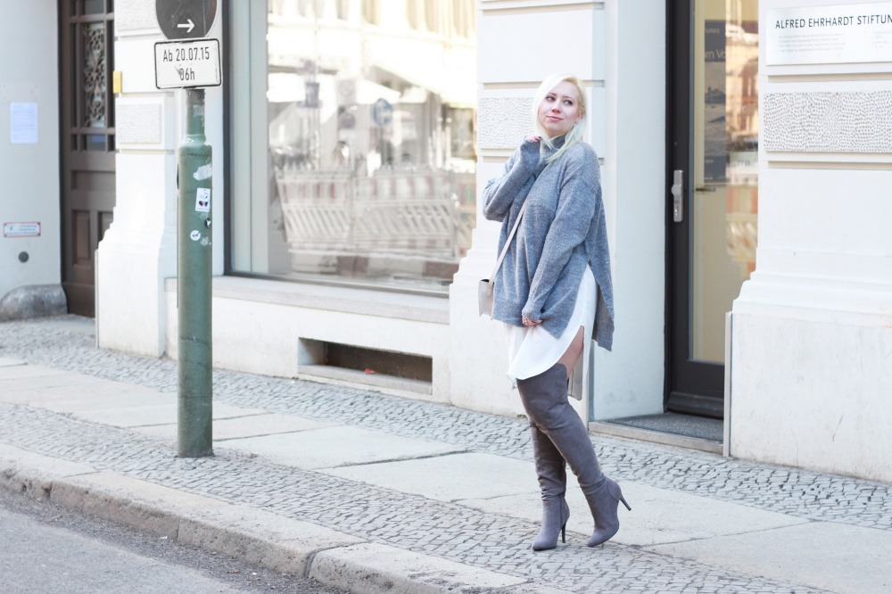 Grey-Overknee-Layering-#Pzoutfits #fashionblogger_de #ootd #outfit #puppenzirkus #style #instastyle #styleiswhat #theeverygirl #chasinglight #berlinblogger #fbloggers-Puppenzirkus8