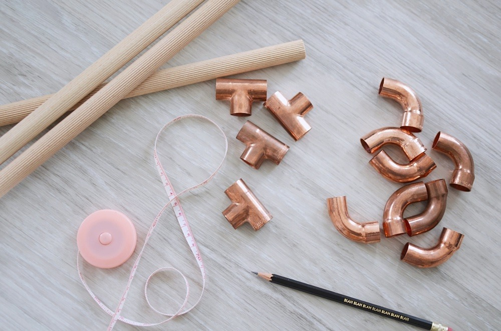 Zeitungsständer-DIY-Kupfer-Kupferrohr-selfmade-puppenzirkus1
