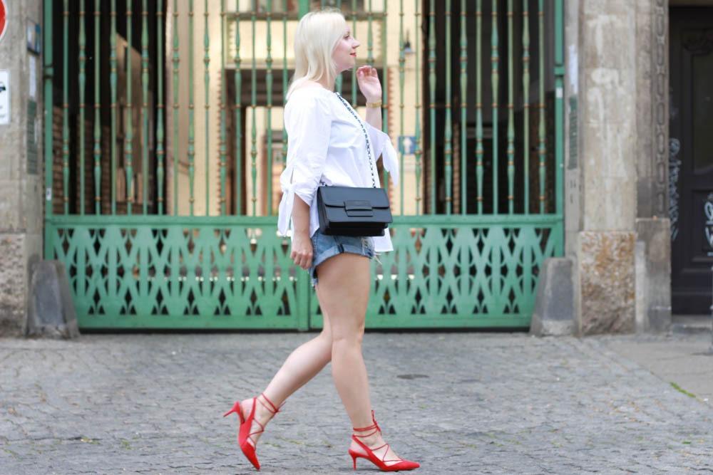 Off-Shoulder-Blouse-Trend-SS16-Blonde-Fashionblogger2
