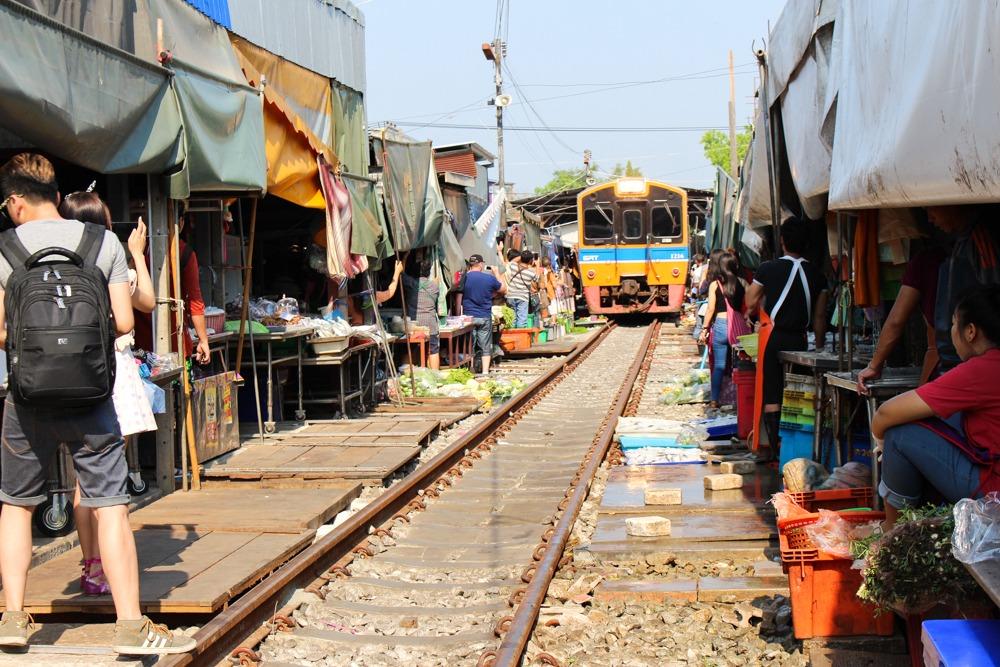 Tag2-Rundreise-Mae-Klong-Damnoen-Saduak-River-Kwai-Thailand-2016-17