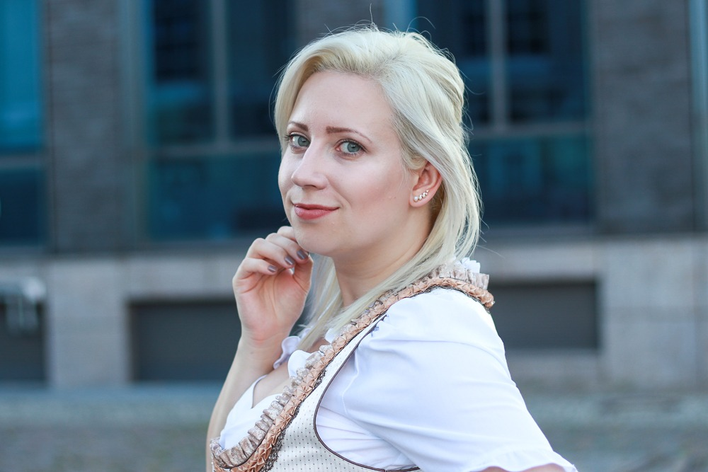 dirndl-outfit-blogger-fashionblogger-2016-oktoberfest-krüger (11 von 19)