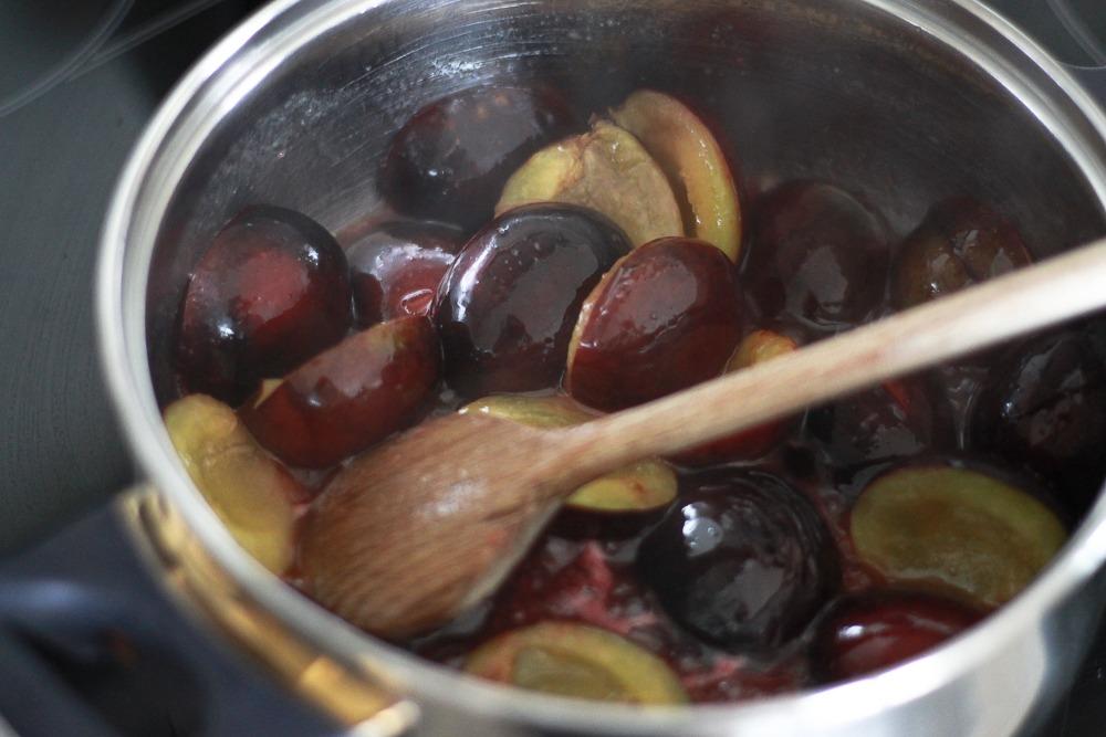 pflaumenkuchen-rezept-blätterteig-puppenzirkus (6 von 9)