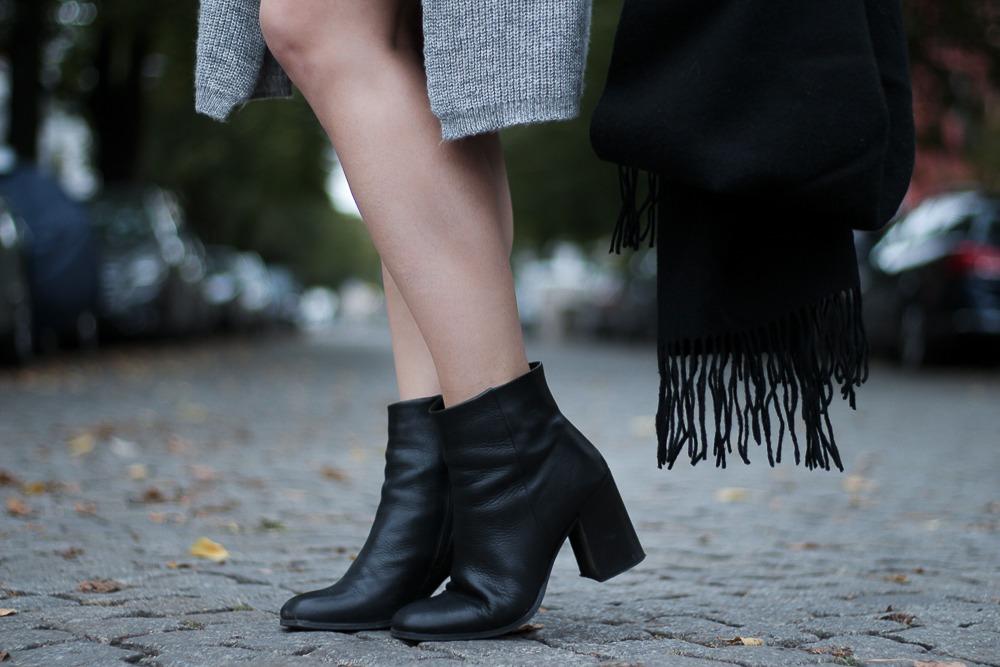 Slipdress-Silkdress-Blogger-Herbstlook-Outfit-Puppenzirkus17