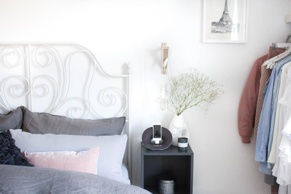 interior-scandinvian-cozy-bettwaesche-bed-style-schlafzimmer-puppenzirkus-blogger-einrichtung-interieur-bett-5