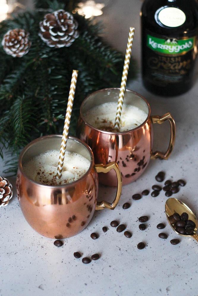 cremiger-weihnachtspunsch-mit-kaffee-sahnelikoer-irish-cream-heissgetraenk-weihnachten-3