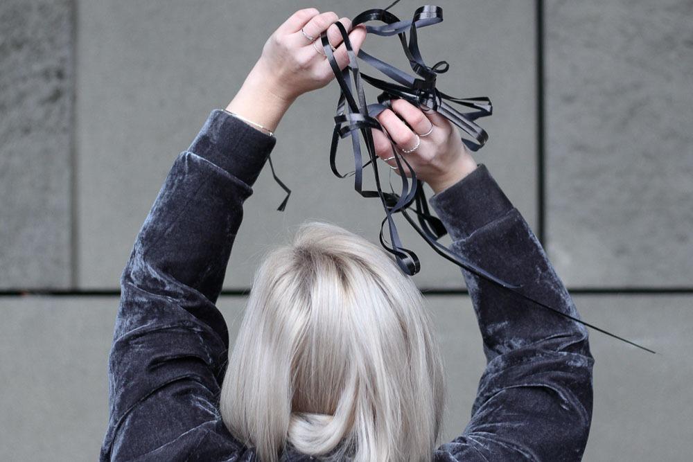 silvesterlook-blogger-puppenzirkus-silvester-2016-outfit-metallic-fishnet-velvet-23
