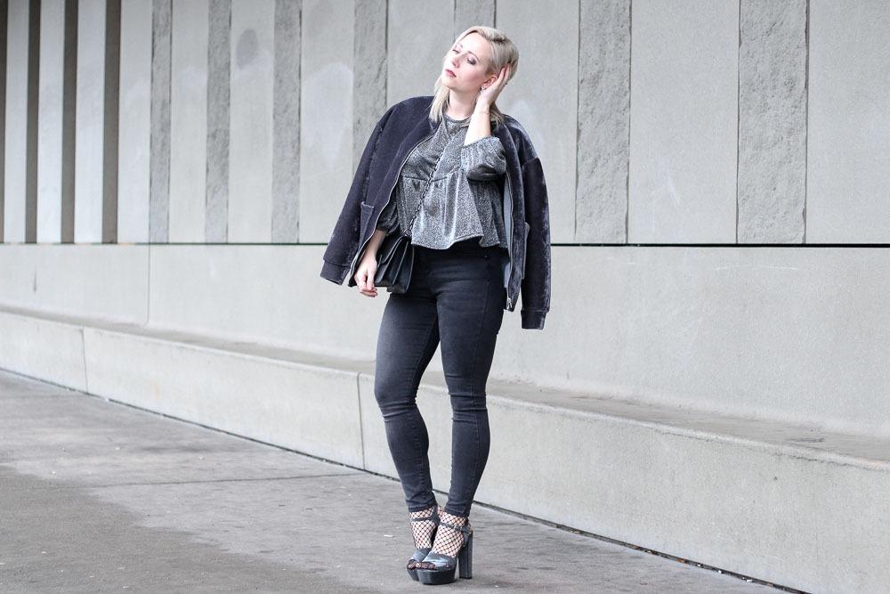 silvesterlook-blogger-puppenzirkus-silvester-2016-outfit-metallic-fishnet-velvet-5
