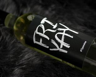 typewine-wine-labels-weinflasche-typografie-adventskalender-14