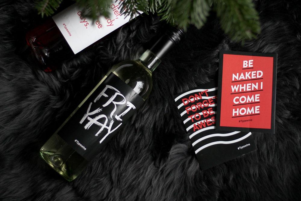 typewine-wine-labels-weinflasche-typografie-adventskalender-8