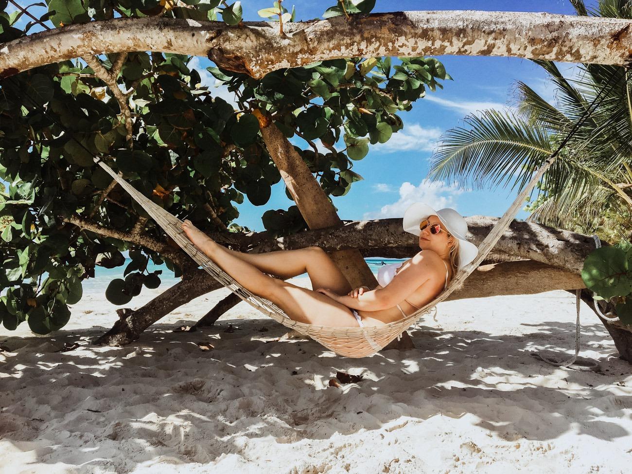 Auf der Isla Saona entspannt in der Hängematte liegen