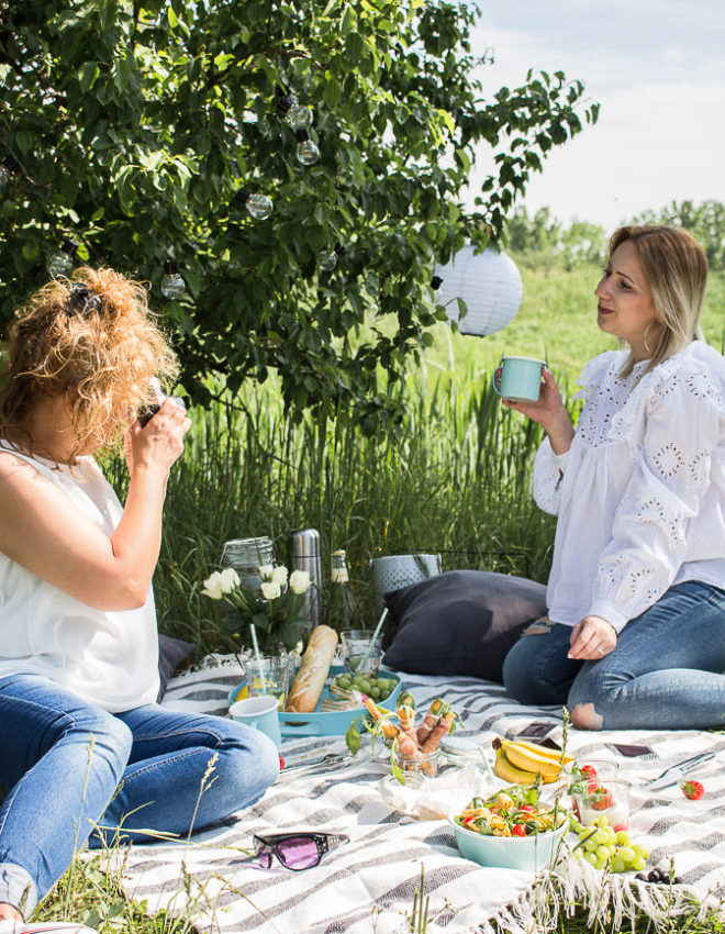 So geht's: Gemütliches Sommer Picknick zum Muttertag