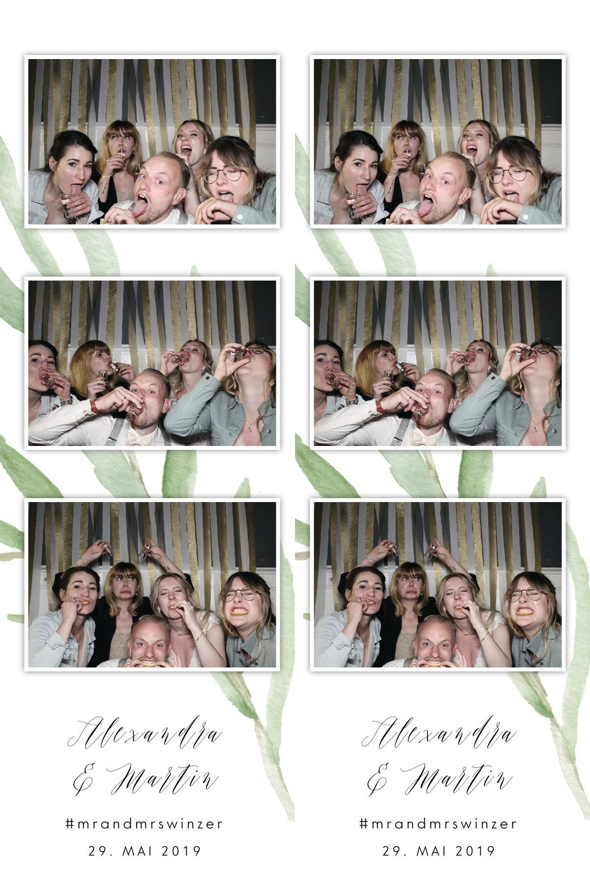 Unsere Fotostreifen: Unsere Hochzeit am großen Wannsee in Berlin, festgehalten mit der Kruu Fotobox #mrandmrswinzer