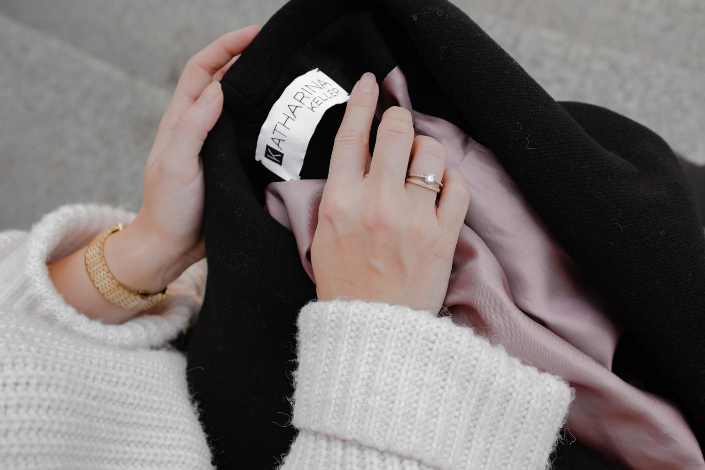 Details: Altrosa Innenfutter und das Label von Katharina Keller